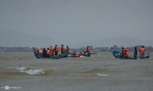 Storm Saudel gains strength, on course for flood-prone central Vietnam