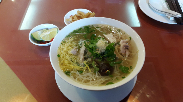 10-must-try-noodle-noups-in-hanoi-ed