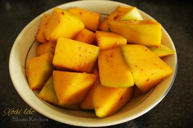 homemade-mango-shake-6