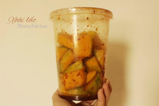 homemade-mango-shake-5