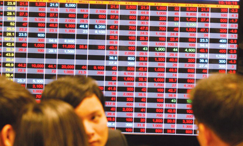 Daily Market Report on March 15th: Foreign investors offload blue chips