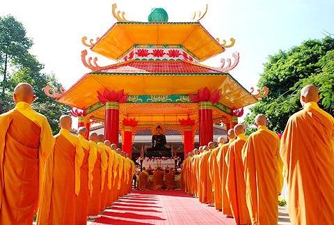 giant-jade-buddha-to-visit-quang-binh-1