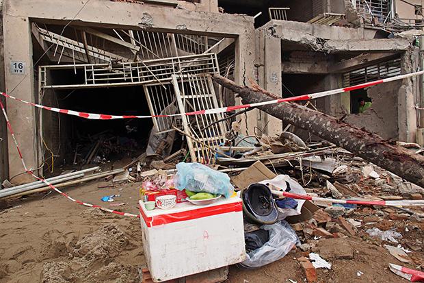 aftermath-of-hanoi-blast-4