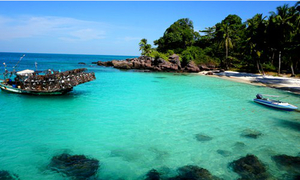 """Fingernail"" Island to rival Maldives"