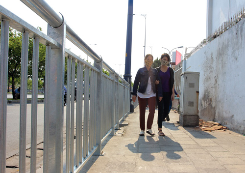 first-barrier-erected-to-protect-pedestrians
