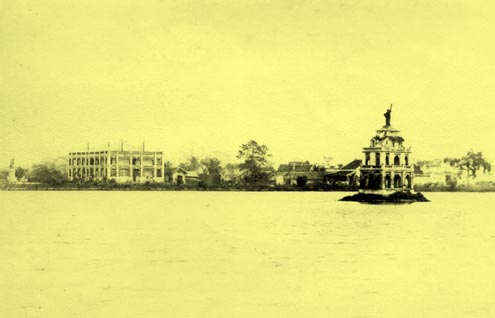 picture from west of hoan kiem lake (L'Independance tonkinoise, special issue, 7-1891) chimvie3.free.fr