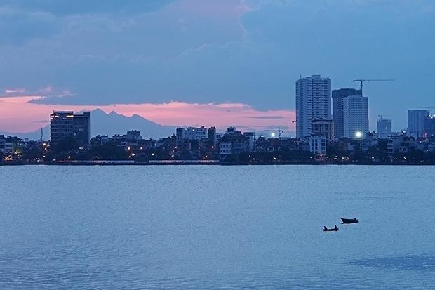 photographers-eye-sky-over-west-lake-3