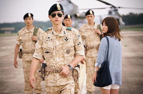 "K-drama ""Descendants of the Sun"" frenzy stirs up descendants of war"