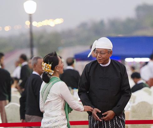 Vietnam congratulates Myanmar's new foreign minister