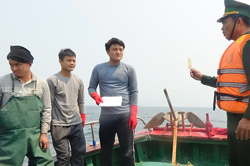 vietnam-drives-off-chinese-fishing-boats-for-violating-waters