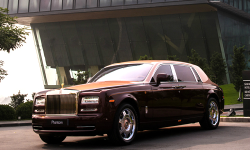 Rolls-Royce Phantom comes with 150 percent luxury tax tag