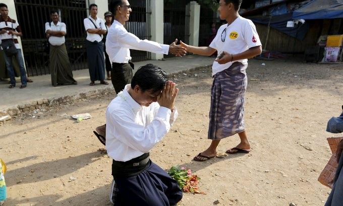 Myanmar president frees 83 political prisoners