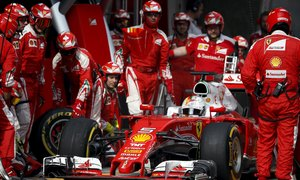 Motor racing-Ferrari add embarrassment to frustration