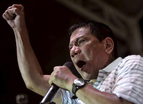 Philippine presidential candidate widens lead after rape joke