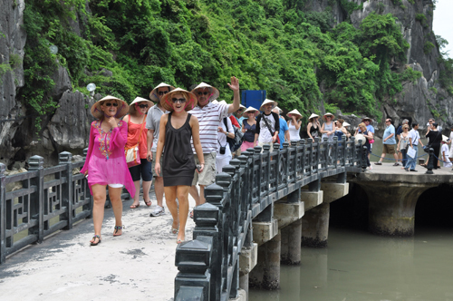 Vietnam considers extending visa exemptions for tourists from Western Europe