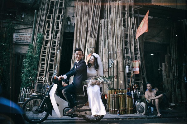 wedding-photos-take-you-back-to-1960s-hanoi-8