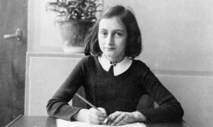 Book signed by Anne Frank sells for $62,500