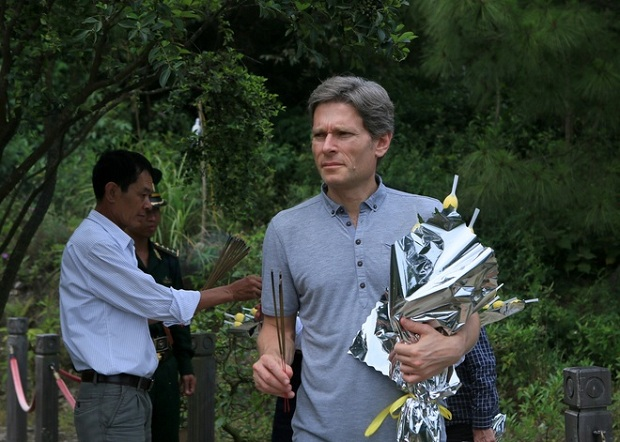 Tom Malinowski, Assistant Sos, arrived in Vietnam several days ahead of Son Doong expedition, lasting from May 11 to May 17.