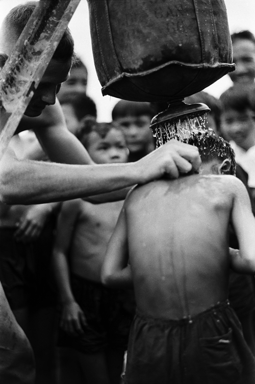 the-american-vietnam-war-compassion-between-bloodshed-and-bombs-16