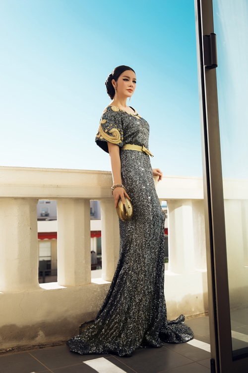 vietnamese-beauty-shows-up-in-high-fashion-attire-at-cannes-2016-5