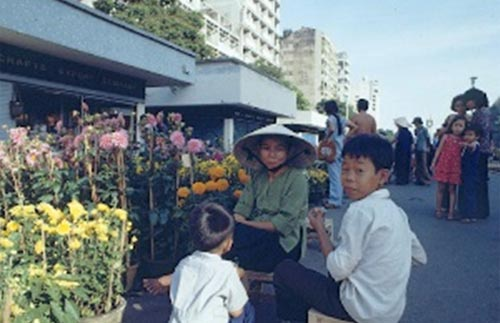 hanoi-saigon-in-the-80s-through-a-french-lens-beauty-lies-in-simplicity-9