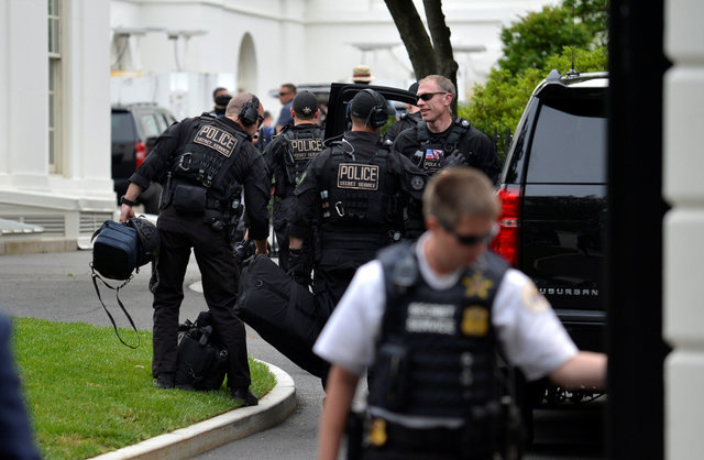 U.S. Secret Service shoots gun-wielding man near White House