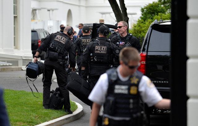 U.S. Secret Service shoots gun-wielding man near White House