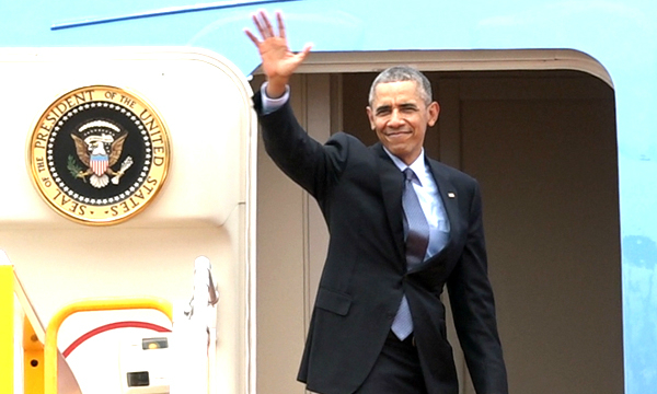 Obama has left Vietnam and heads to Japan