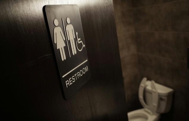 U.S. states sue White House over transgender bathroom use