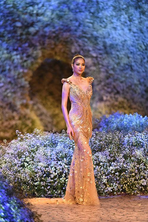 flower-language-the-fashion-show-that-speaks-in-flower-5