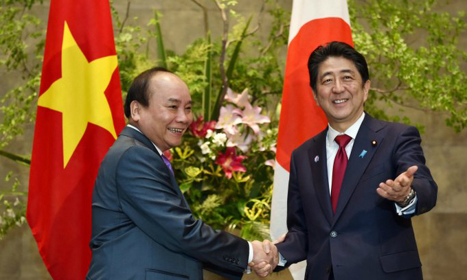 Vietnam-Japan share East Sea concern, boost defense and economic ties