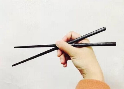 chopsticks-hide-the-secret-to-your-soul-2
