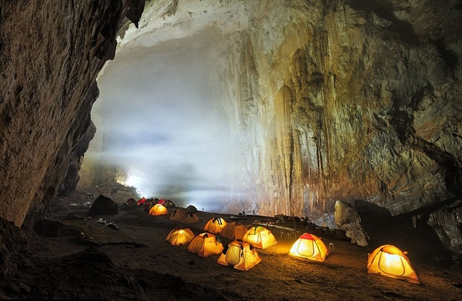son-doong-the-worlds-largest-cave-still-has-photographers-in-awe-3