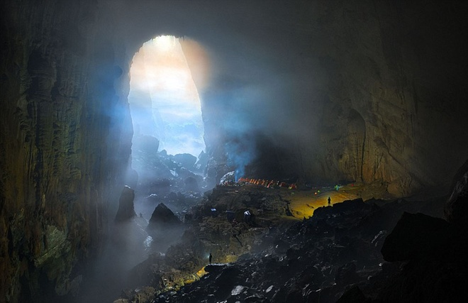 son-doong-the-worlds-largest-cave-still-has-photographers-in-awe-1