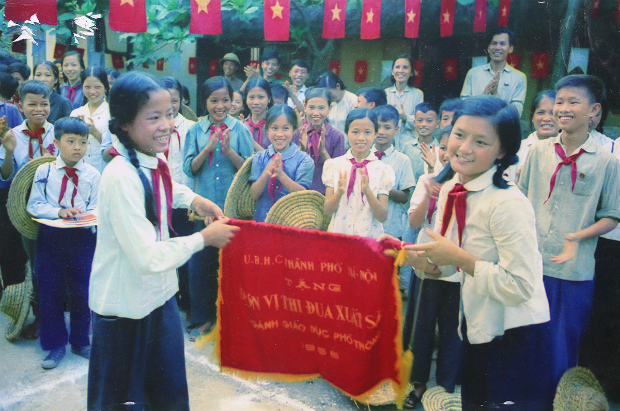 fighting-bombs-with-straw-hats-how-a-generation-of-vietnamese-children-survived-10