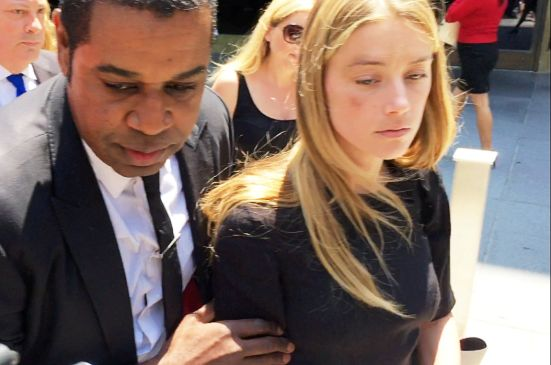 amber-heard-sues-comedian-stanhope-for-defamation-over-johnny-depp