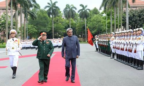Indian defense minister visits Vietnam after Shangri-la Dialogue