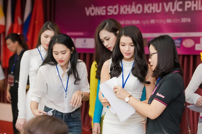 measured-assessed-and-judged-miss-vietnam-2016-about-to-kick-off-2