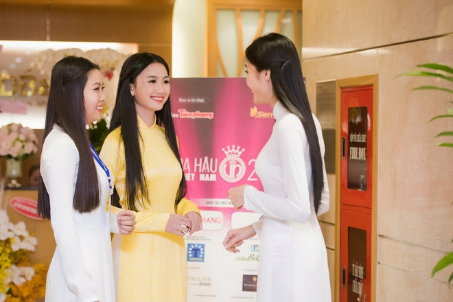 measured-assessed-and-judged-miss-vietnam-2016-about-to-kick-off-6