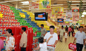 Flood of foreign retailers forces Vietnam to take action