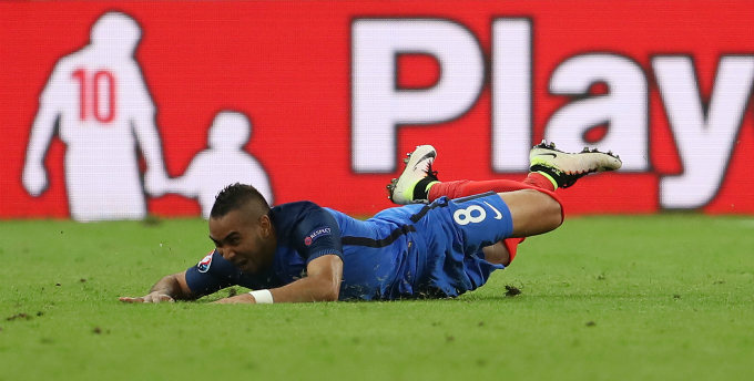 Dimitri Payet - the man of the match, scores a wonder goal in the 89th minute. Photo by Reuters/Lee Smith Livepic