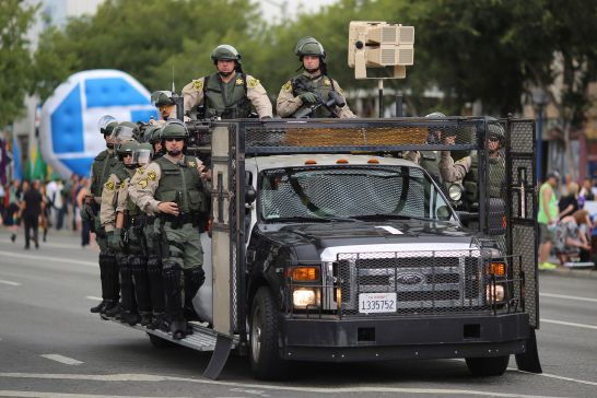 heavily-armed-man-arrested-on-way-to-la-gay-pride-parade