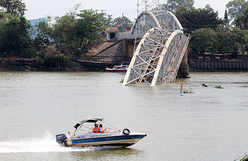 vietnam-to-reopen-north-south-railway-bridge-after-historic-collapse