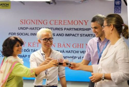 undp-officially-teams-up-with-hatch-ventures-to-boost-innovative-action-for-social-good-in-viet-nam