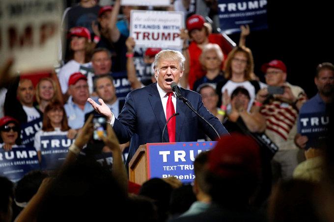 Trump says U.S. should mull more racial profiling after Orlando shooting