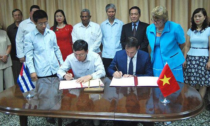 Vietnam donates 5,000 tons of rice to Cuba