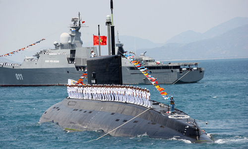 Vietnam's Kilo-class submarine brigade honoured