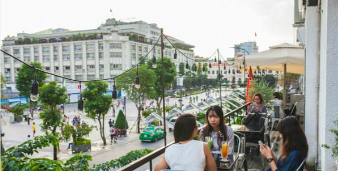 four-reasons-to-take-a-stroll-down-saigons-first-pedestrian-street-3