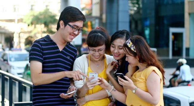 vietnamese-spend-three-working-days-per-week-surfing-internet