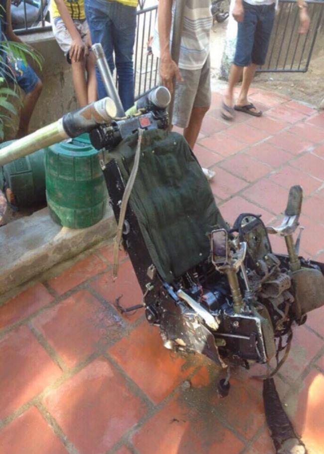 vietnamese-fishermen-find-pilots-seat-from-missing-fighter-jet